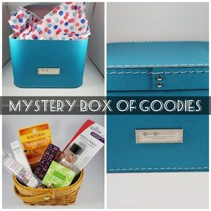 6 Item mystery box